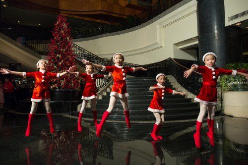 Travel Bug: Grand Hyatt Hong Kong Kicks off the Holidays