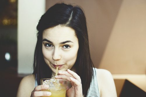sipping-thru-straw-Aging Your Skin